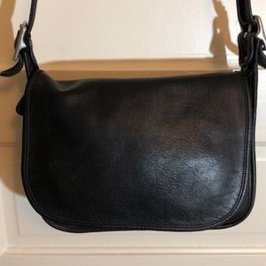 Coach Vintage Large Crossbody Very Good Condition